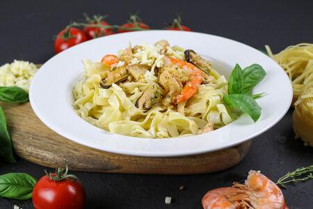 Паста Тальятелле с морепродуктами