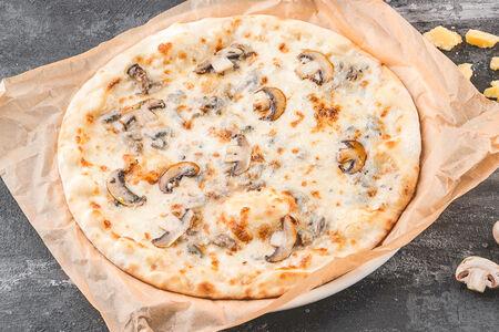 Пицца Грибная со сливочным соусом