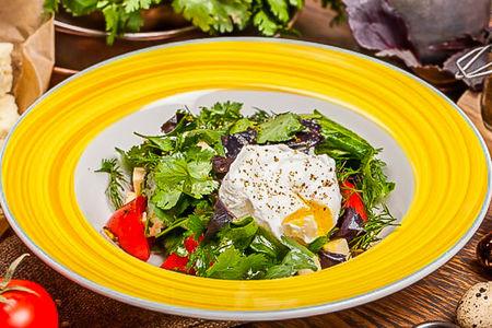 Овощной салат с имеретинским сыром