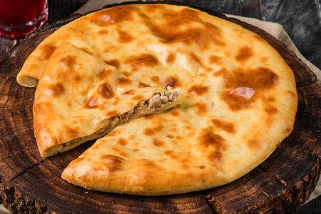 Осетинский пирог с бараниной и картофелем
