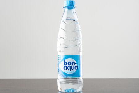 Вода Бон Аква без газа