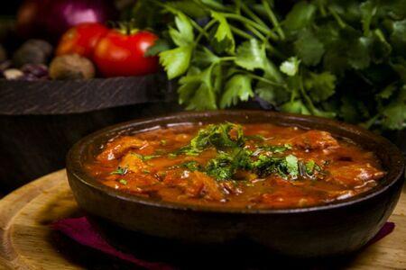 баранье почки в томатном соусе