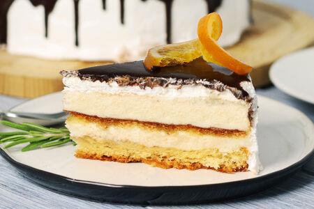 Торт-суфле с розмарином