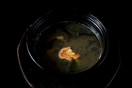 Вакамэ бульон с морепродуктами