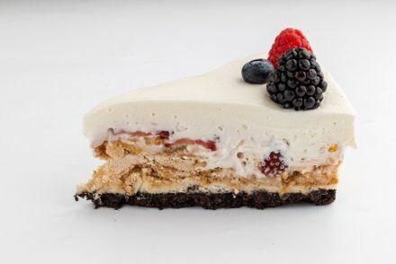 Кусочек фирменного торта Upside Down Cake