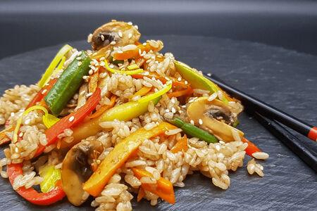 Рис Вок с овощами