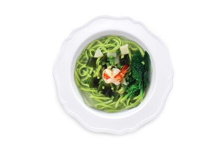 Лапша из шпината с морепродуктами
