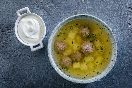 Суп с фрикадельками