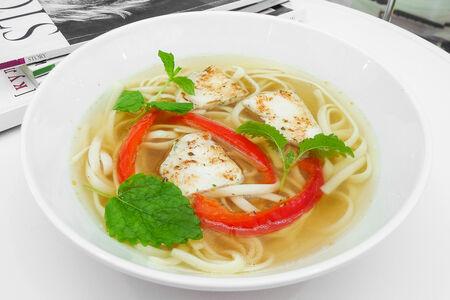 Суп-лапша с курицей и зеленью