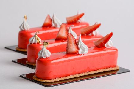 Пирожное Мусс клубника-ваниль