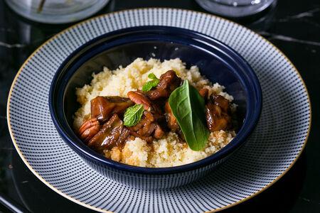 Арабский кус-кус с ягненком и пеканом