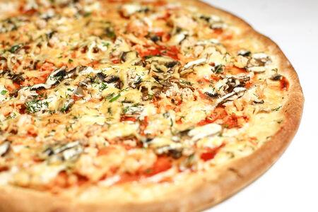 Пицца на тонком тесте Корсика