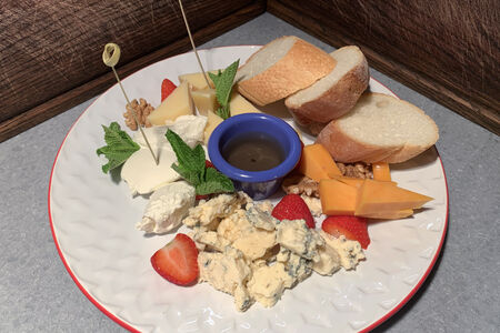 Тарелка сыров