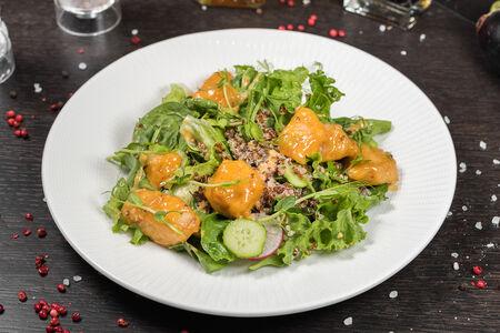 Салат из хрустящего цыпленка с карри