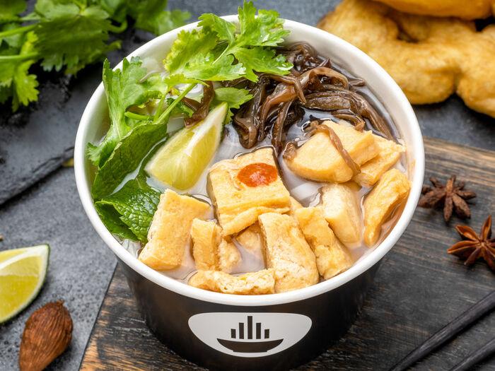 Суп Фо с тофу и грибами