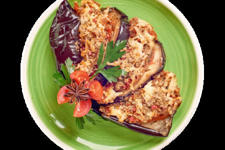Баклажан запечённый с адыгейским сыром и томатом