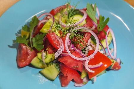 Салат Летний овощной
