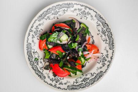Салат Грузинский со свежими овощами