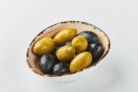 Гигантские оливки и маслины