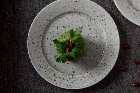 Пхали из зеленой стручковой фасоли с орехами