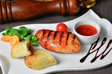 Стейк из индейки с овощным рататуем
