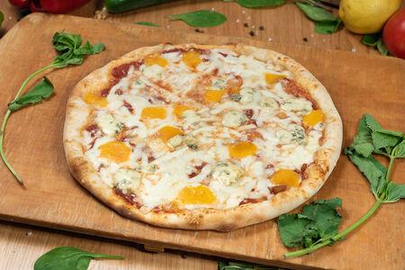 Пицца традиционная Четыре сыра
