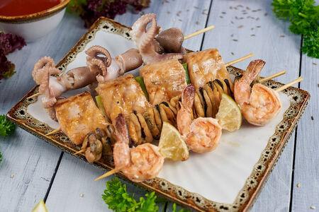 Ассорти шашлычков из морепродуктов