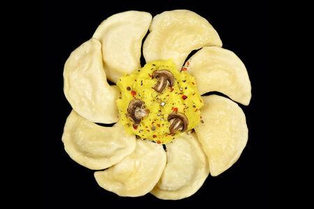 Вареники ручной лепки МашрумПели с картофелем и грибами