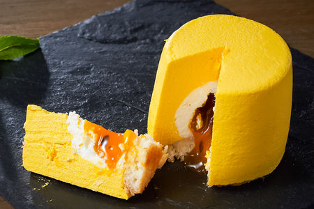 Пирожное Манго-маракуйя