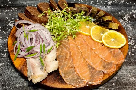 Ассорти соленой рыбки