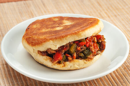 Китайский сендвич с бараниной