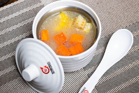 Суп с кукурузой и свиными ребрами