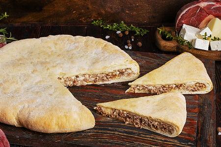 Пирог осетинский с говядиной и сыром