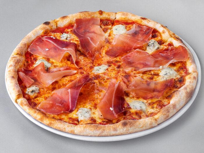 Пицца Спек и горгондзола