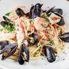 Фото к позиции меню Спагетти с креветками, осьминогом и вонголе
