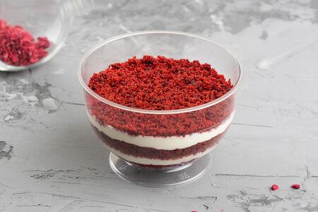 Торт Красный бархат в стакане