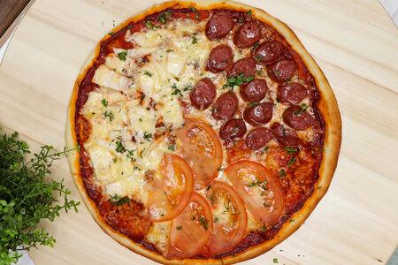 Пицца Домашняя Три вкуса