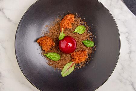 Утиный паштет в ягодной глазури