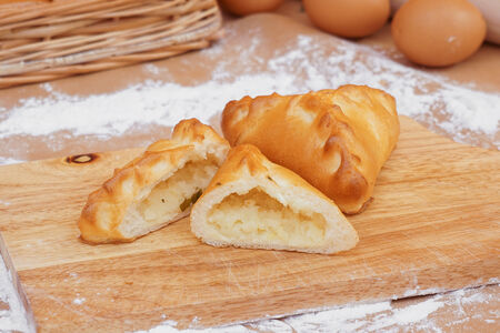 Пирожок с картофелем постный