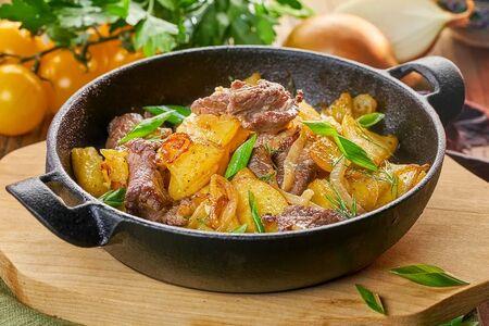 Картофель с мясом по-домашнему