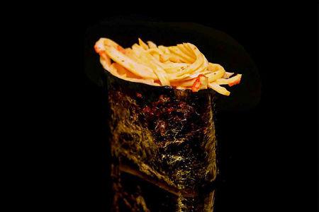 Спайс суши со снежным крабом