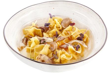Саккоттини с жареными вешенками в сливочном соусе с ароматом сельдерея