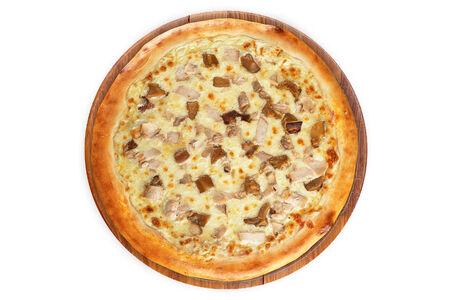 Пицца Фунго ал Поло на пышном тесте