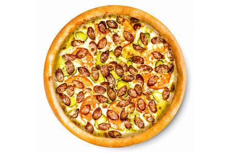 Пицца с копчеными колбасками