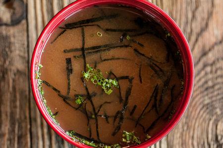 Суп Мисо с тофу и нори