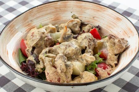 Салат с печенью цыпленка