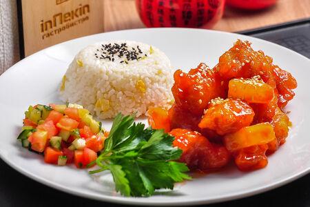 Вок Курица с ананасами по-гуандунски