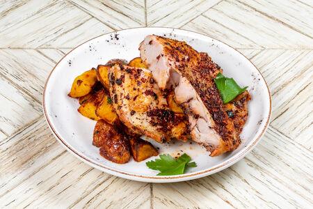 Цыпленок, маринованный в испанских специях
