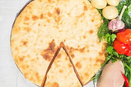 Осетинский пирог с курицей и картошкой