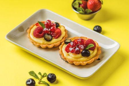 Пирожное Корзинка с ягодами